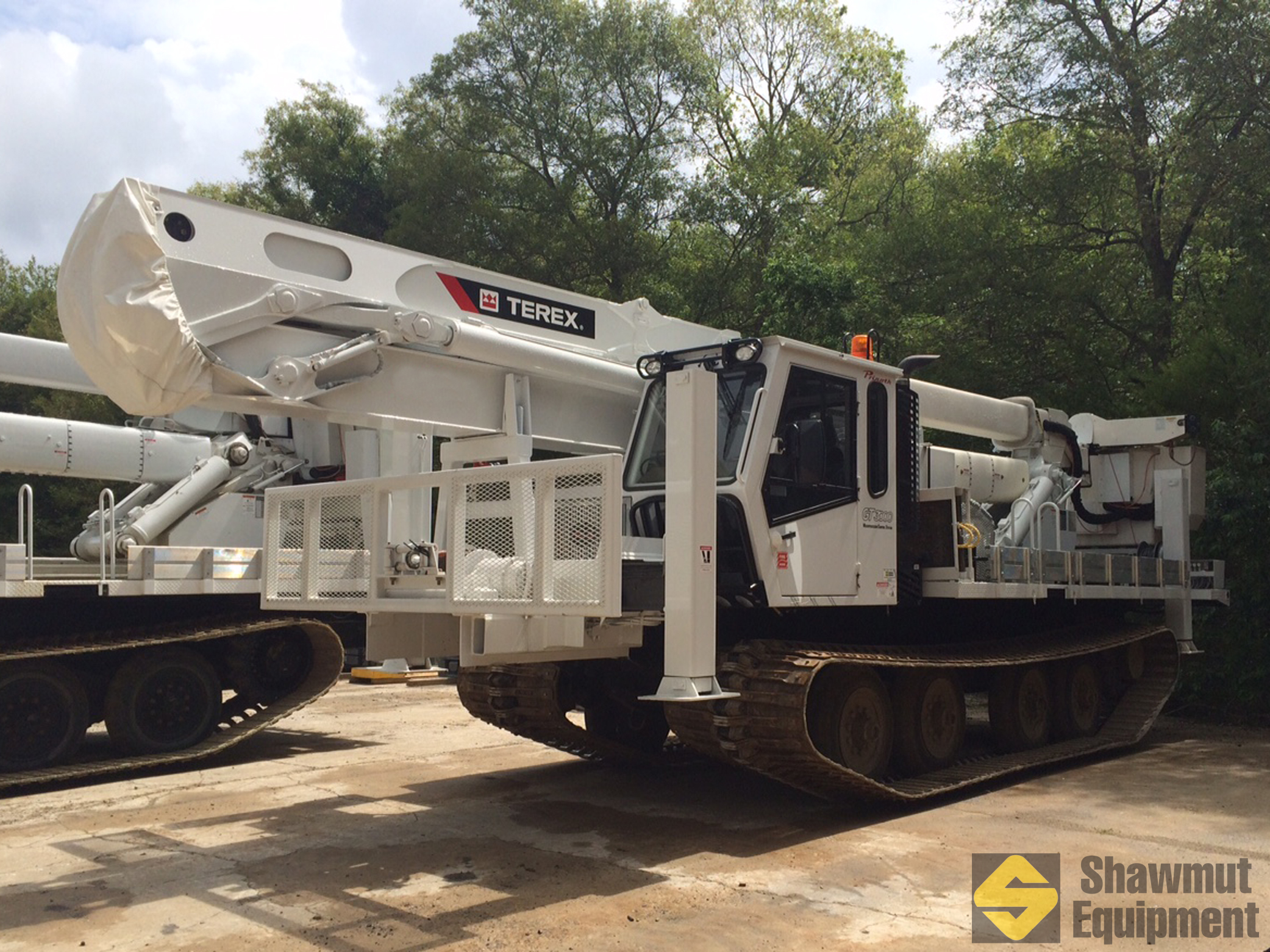 2015 Terex TM100 - 100 Ft Tracked Material Handling Bucket