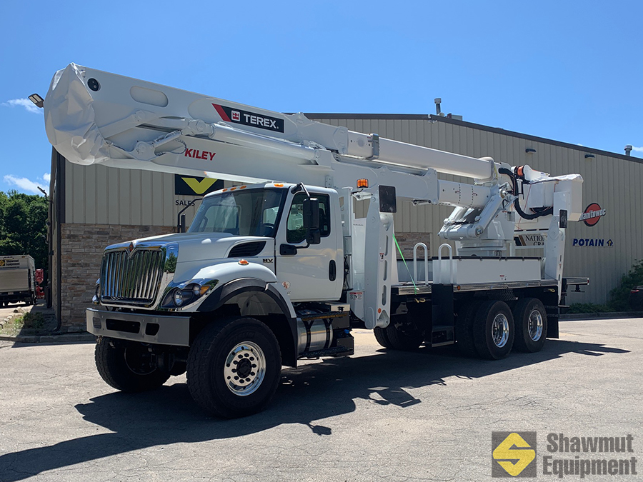 Terex TM215 on Tires
