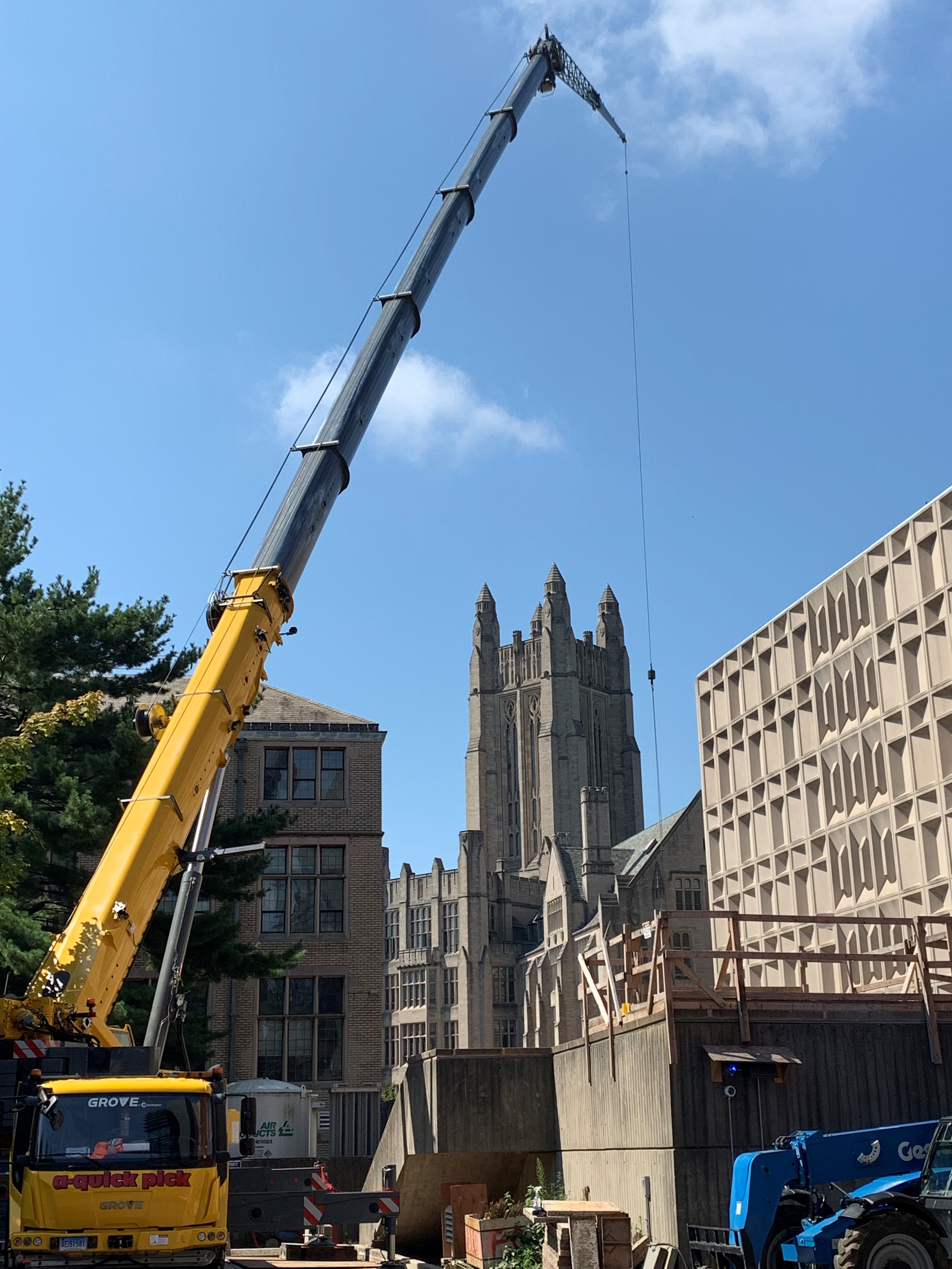 A Grove GMK5150L hoisting steel for one of the Yale buildings in New Haven, Conn.